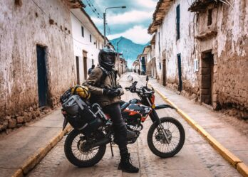 Staying Safe on the Road: Motorcycle Touring Do's and Don't's
