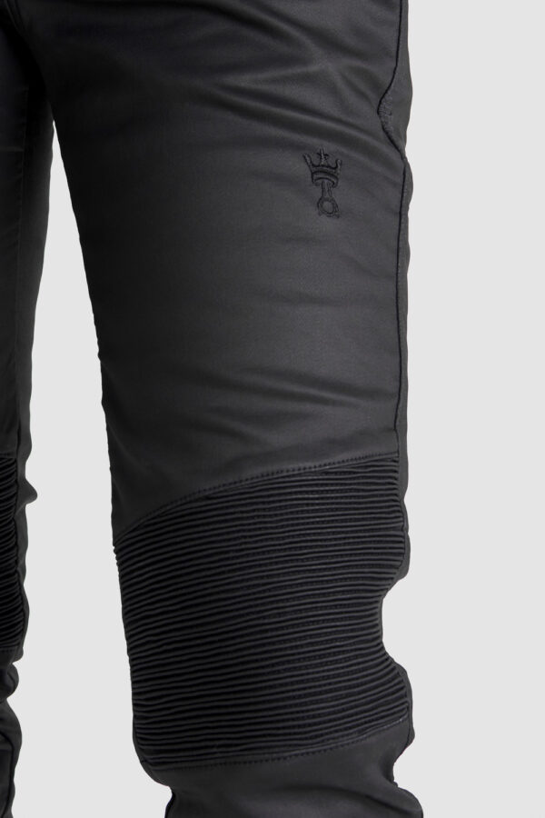 Kusari Kev 02 Motorcycle Jeans for women knee close-up