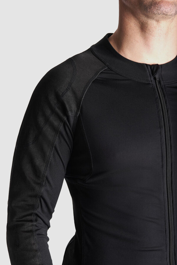 Armored base layer SHELL UH 02 close up